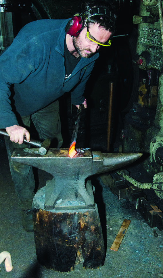 Bending the tip on the anvil