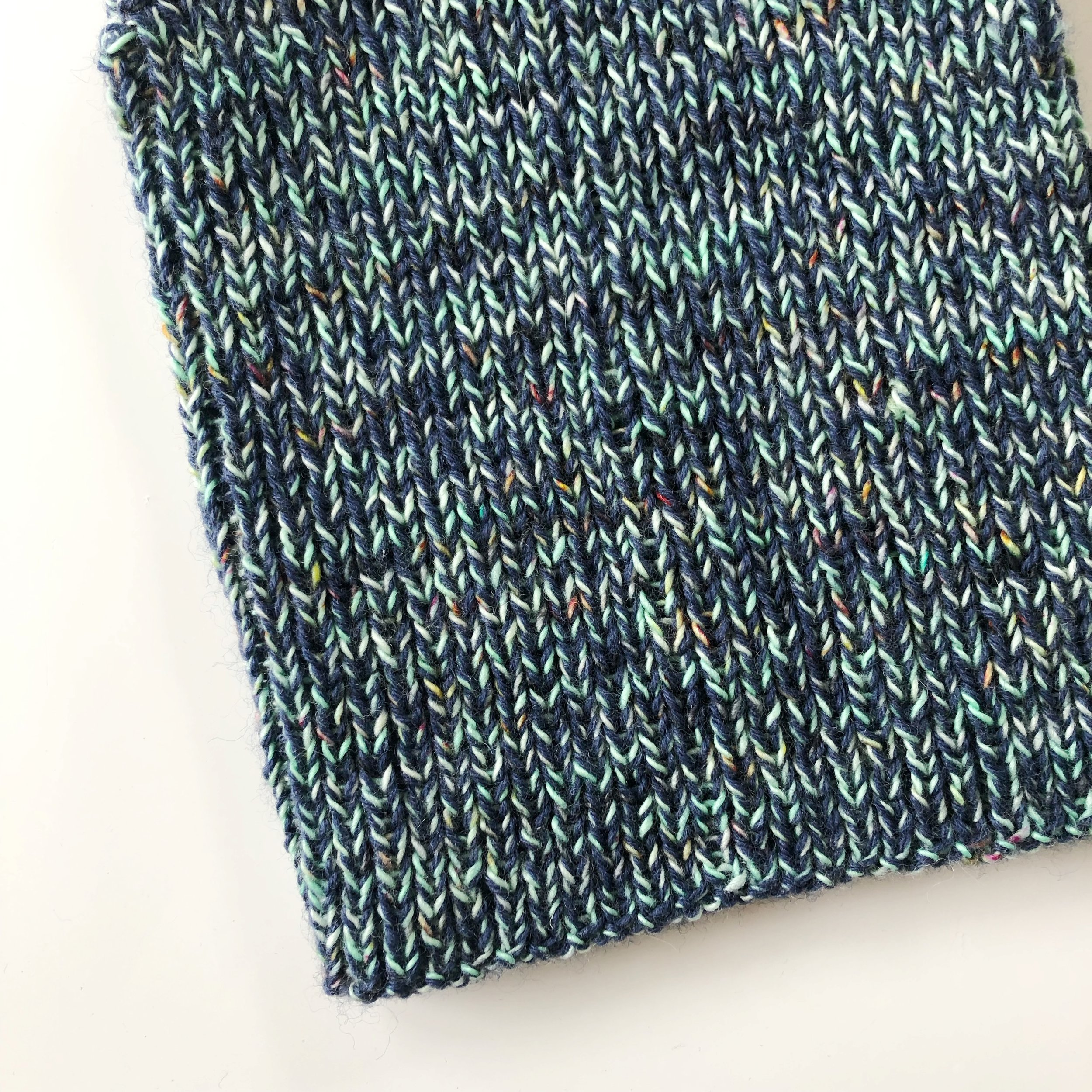 Knitdiaries-make-it-fitted-make-it-slouch-test-knit-2.JPG