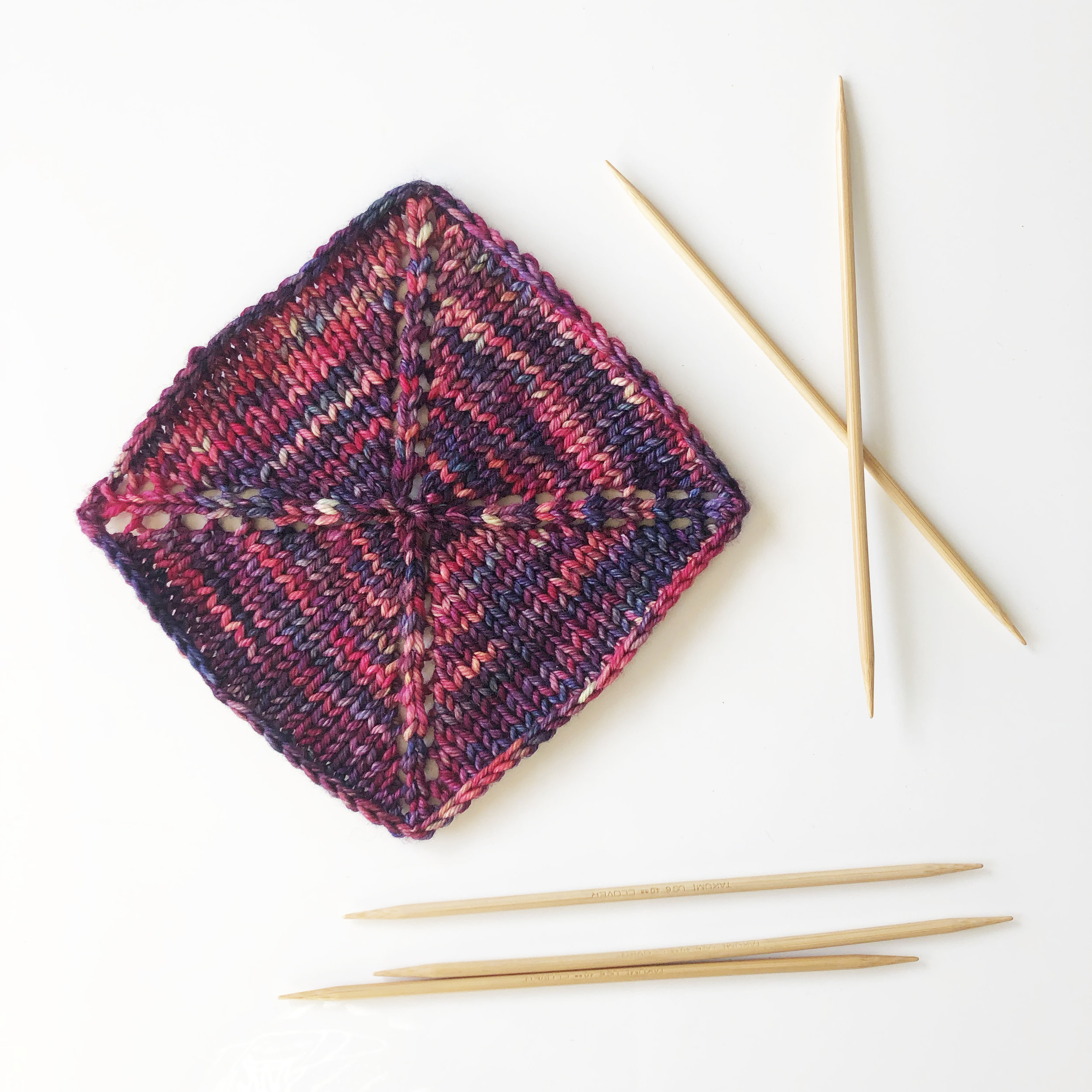 aroha-knits-5-shawls-5-days-challenge-the-square-shawl-knitting-elisemade-malabrigo-rios