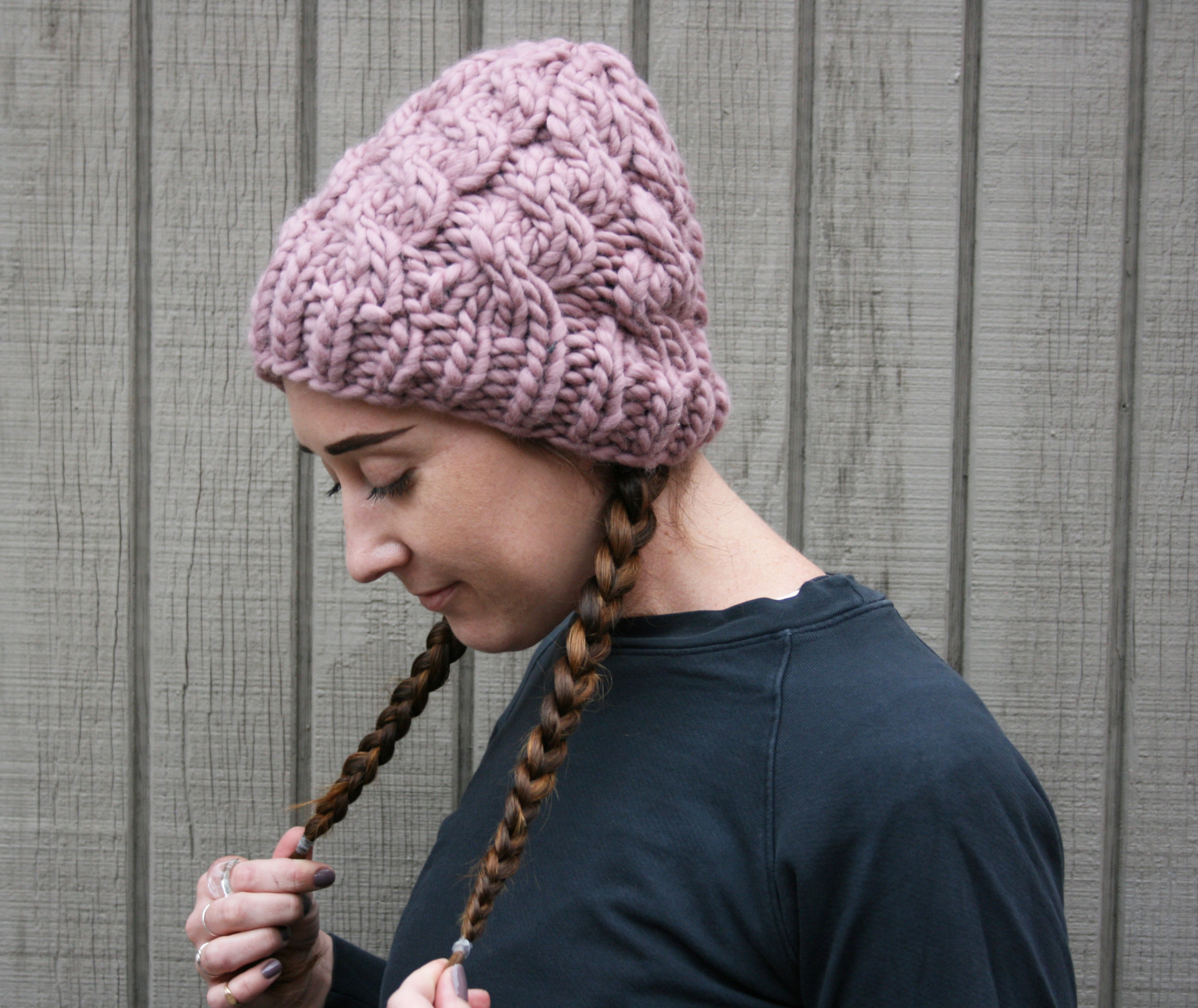 Chunky Cabled Hat in Mauve