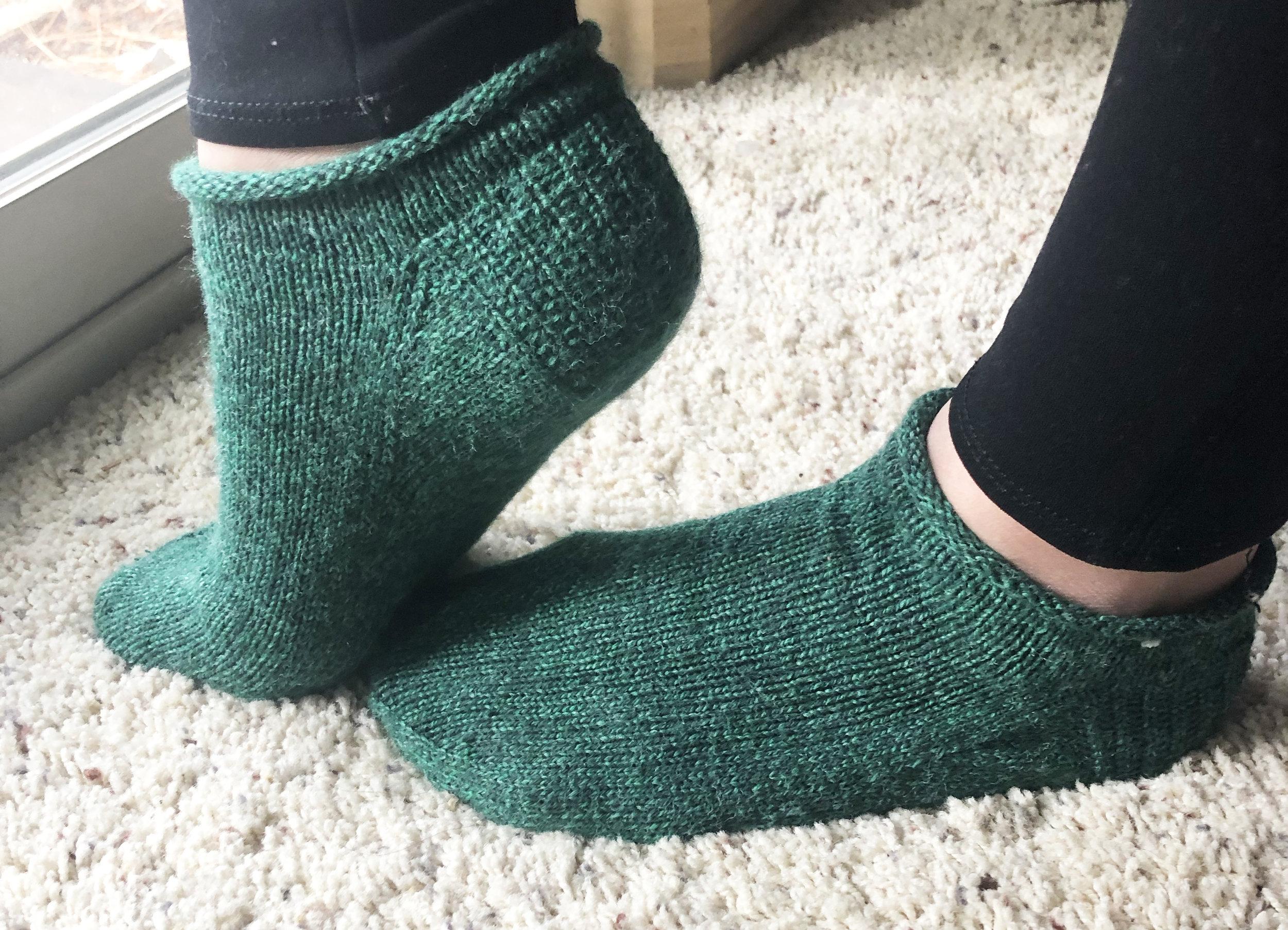 knit-ankle-roll-socks-elisemade.jpg