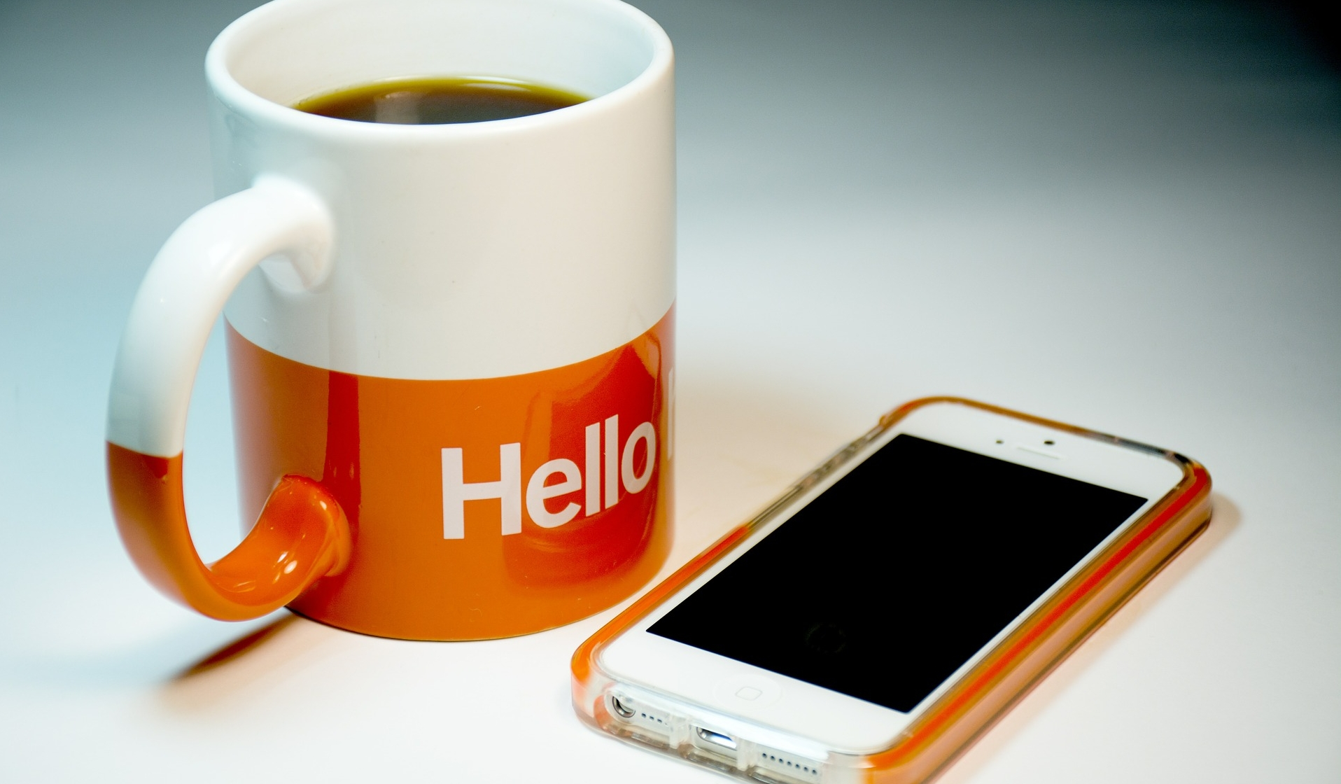 Natalie Bennon mug and phone