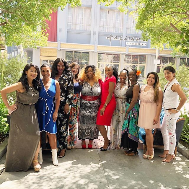 The @singlemomsplanet Mastermind Brunch at the @culver_hotel was filled with so much LOVE! When a mom loves herself first she fills her cup with love and she has much more love to share. Keep loving mamas! I enjoyed each and every one of you. Thank you @neferteriplessy for having me and thank you @serriasays for being such a fabulous host!!! Catch the snippets from the day in my IG stories and on my IGTV. ・・・ https://www.singlemomsplanet.com/30-day-love-challenge-melissa-dumaz/ - - - - - -#GladTidingsByMel #GoodNewz #FromTheDesk #GoodNews #momsofinstagram #momsofig #MomTips #motherhoodinspired #mommyblogger #instamoms #motherhoodthroughinstagram #honestmotherhood #motherhoodunplugged #thehappynow #simplemoments #livethelittlethings #momlife #QuietTheChaos #MomGoals #MomSoHard #MomStrong #LoveChallengeByMel #SingleMomsPlanet #MomTribe #CulverHotel #LAMomsClub #InfluencerMoms #BossMom #MastermindBrunch #YouCantPourFromAnEmptyCup