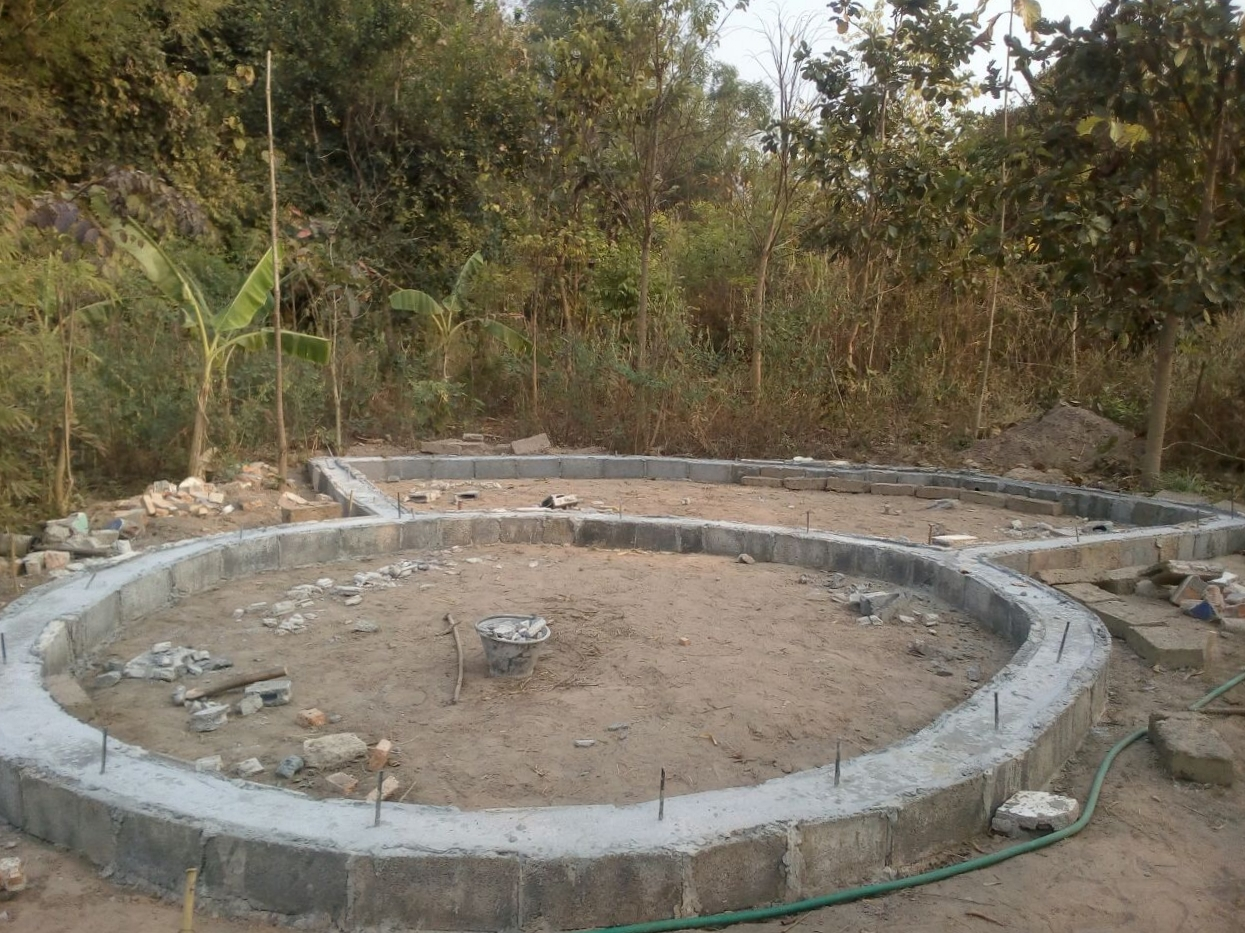 The foundation is ready to start the natural building process.