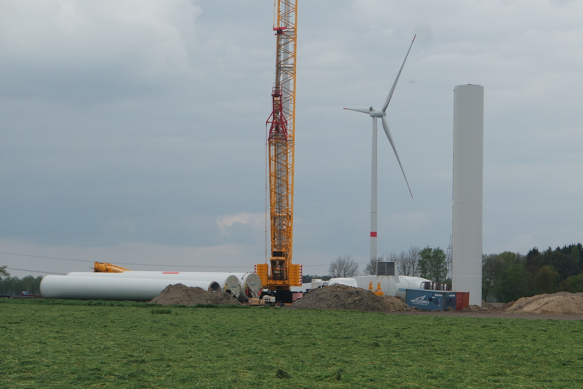 Community wind power projects ensure an inclusive energy transition with benefits for rural areas.