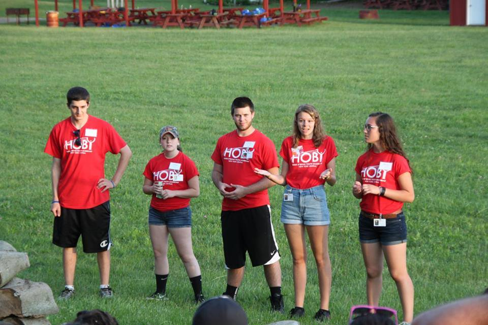 Ren explaining the importance of the service project at HOBY.
