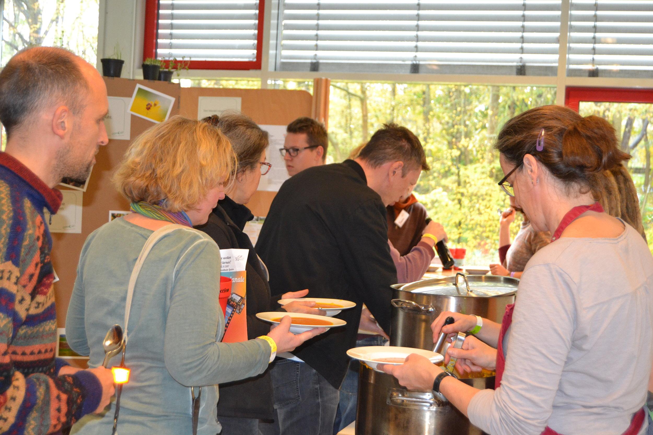 Still under discussion: vegan or vegetarian diet during the Utopianale.  Photo: Lea König