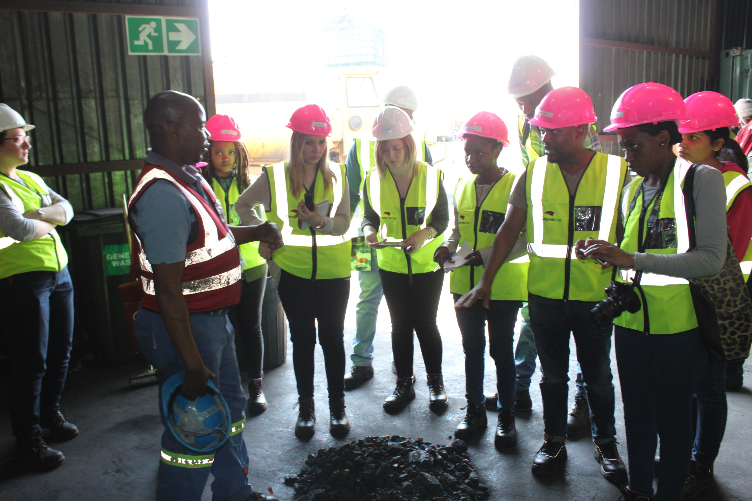 Journalists were shown coal samples and were explained the function of the on site laboratory.