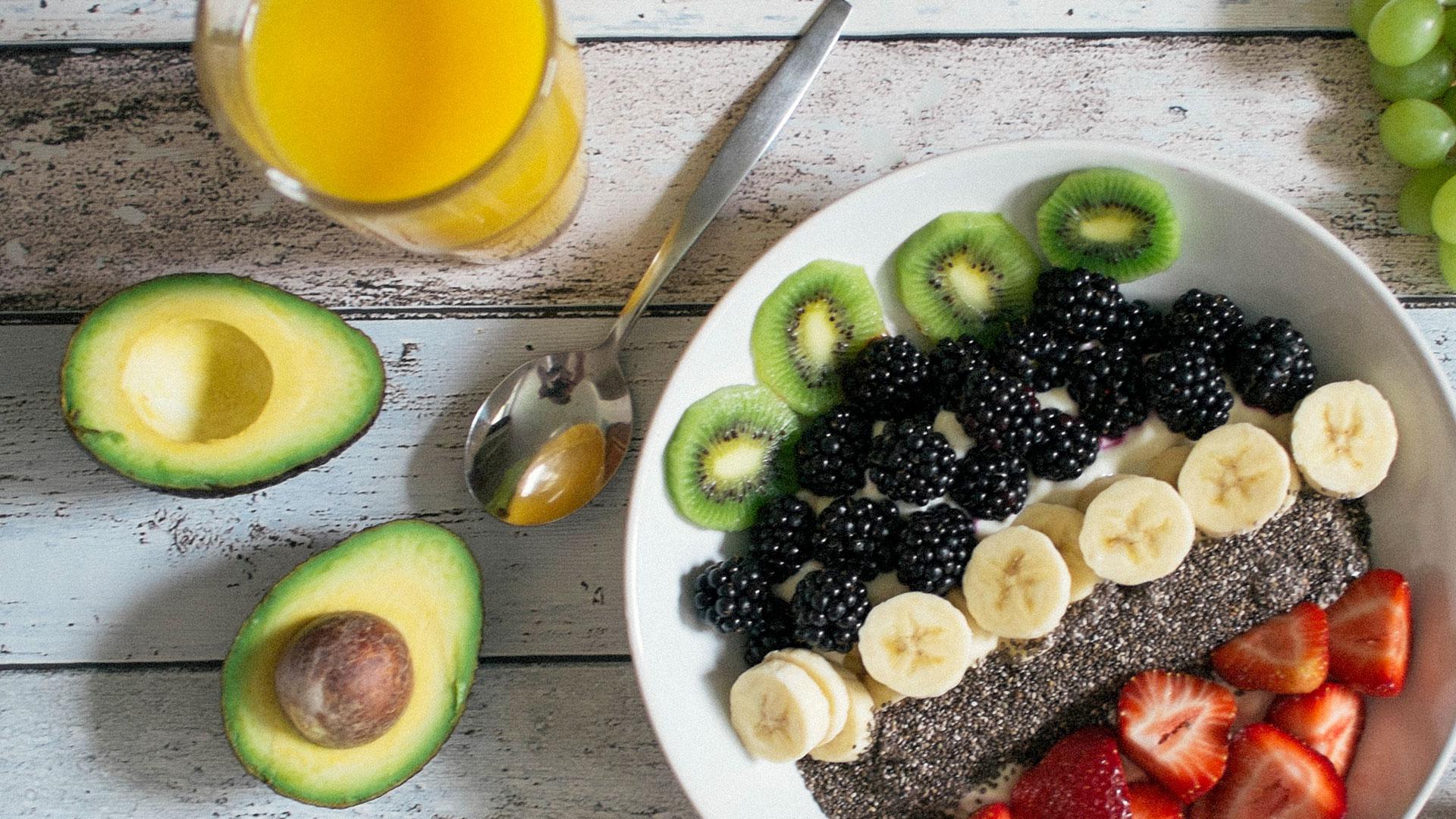Simon-Farrar-Fruit-Avocado.jpg