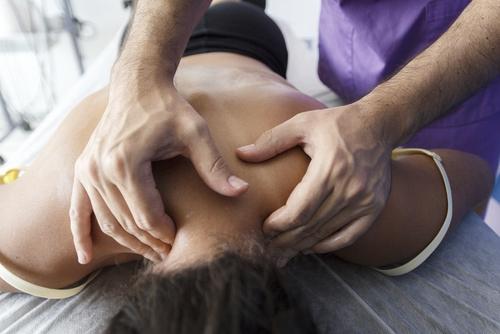 osteopathy-in-neck.jpg