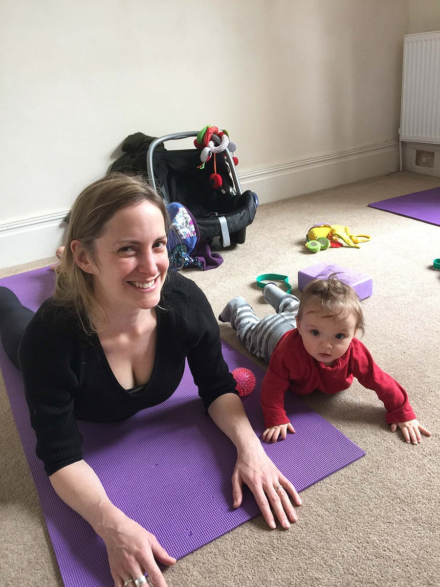 Online yoga for mums, Yoga in Bristol, Yoga classes & private 1:1yoga in Henleaze, yoga in Redland, Yoga in Westbury Park, Yoga in Stoke Bishop, Yoga in Clifton. Online yoga for beginners, online yoga for pregnancy, online yoga for postnatal mums. Healthy eating, nutrition, family wellbeing, meditation, mindfulness. Fitness with baby. Yoga with babies.