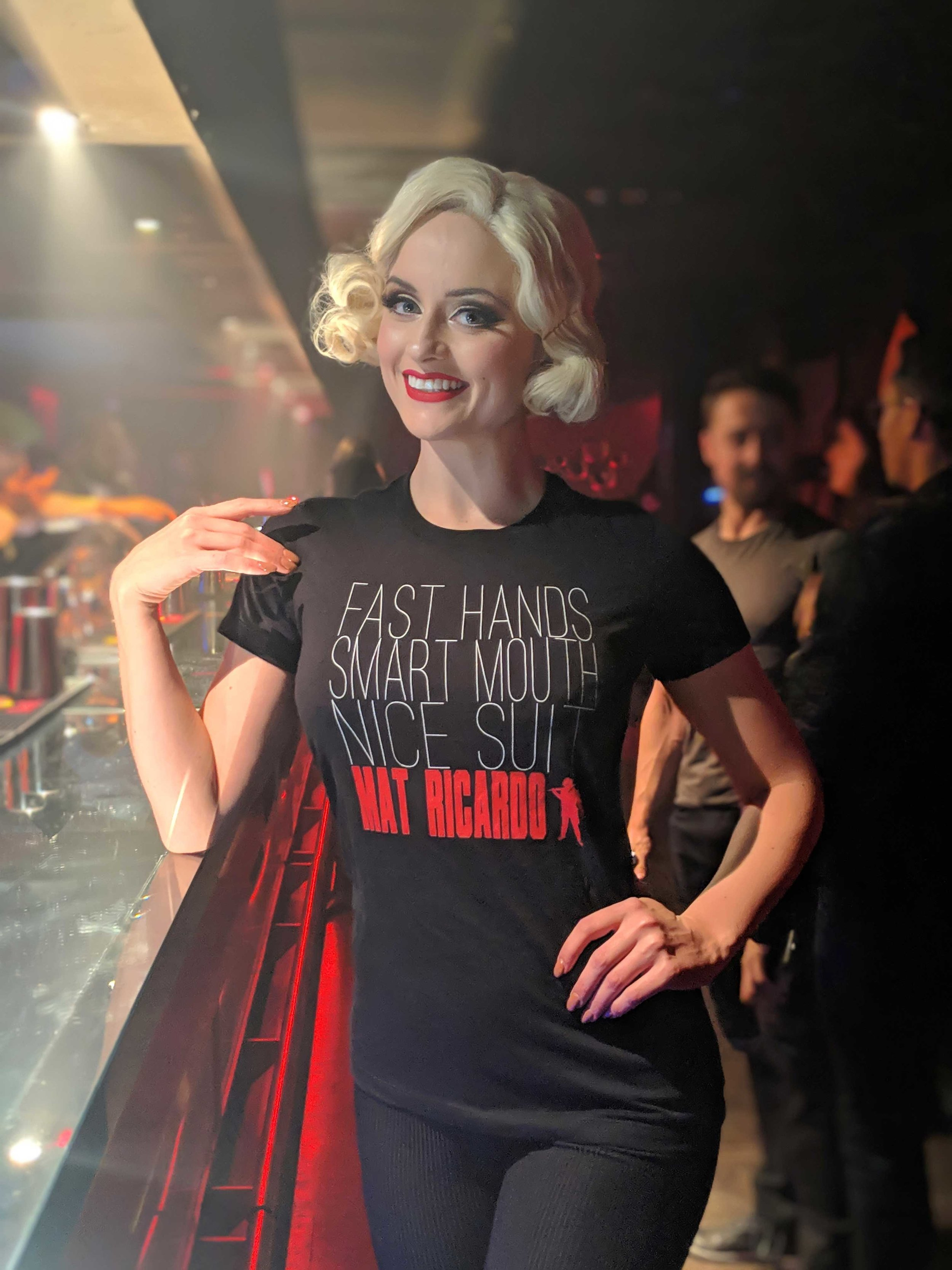 didi-derriere-tshirt-model.jpg
