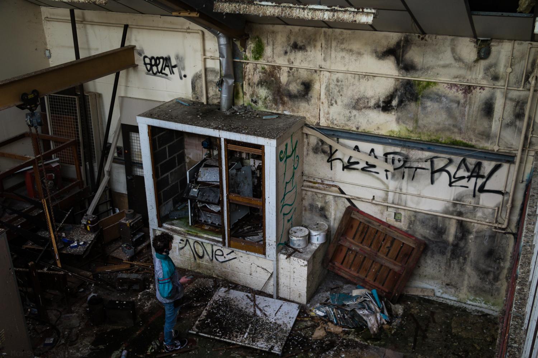Abandoned Uni Storage Building // 01-05-17