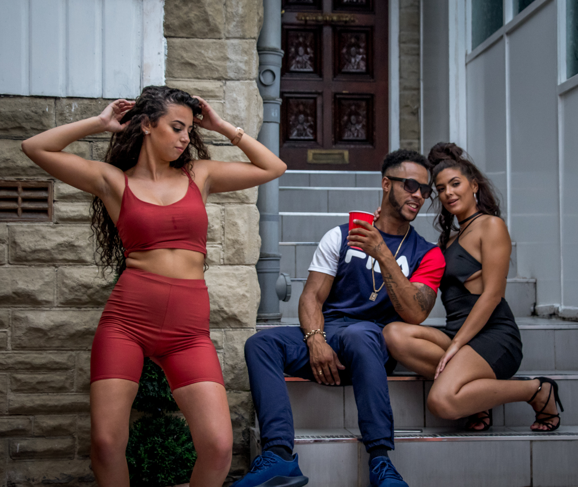 "Here are some Behind The Scene shots i got from a video shoot i was invited to by Jason (The Director) from back in august the video is entitled ""so fine"" from the two artists R1 and Dukz."