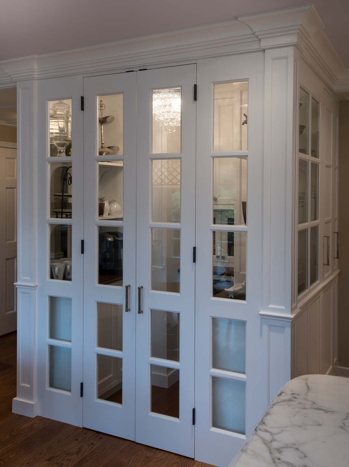 Villanova White Kitchen Hi Res-6.jpg