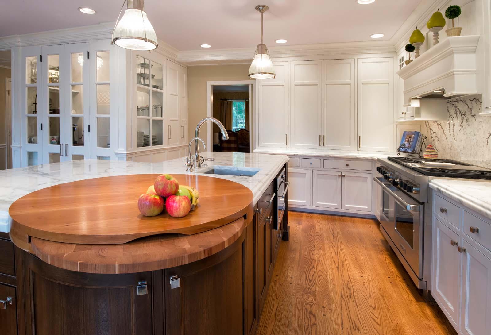 Villanova White Kitchen Hi Res-17.jpg