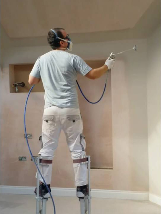 seagrave-decorations-commercial-spraying-03.jpeg