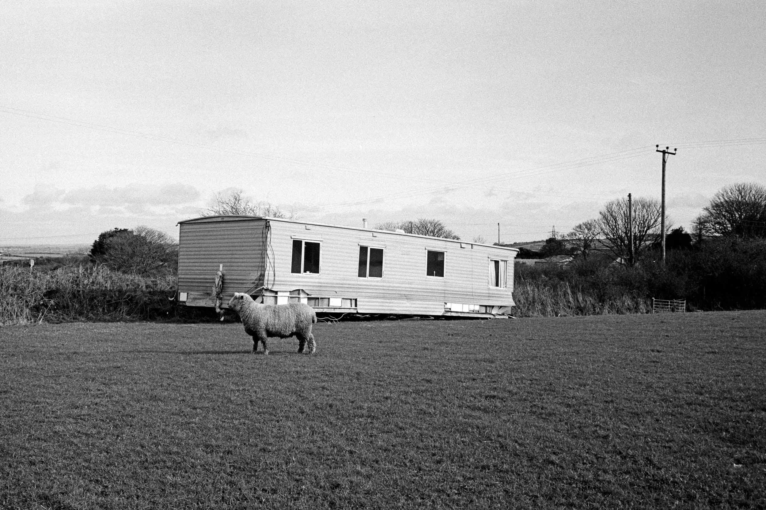Rundown trailerhouse