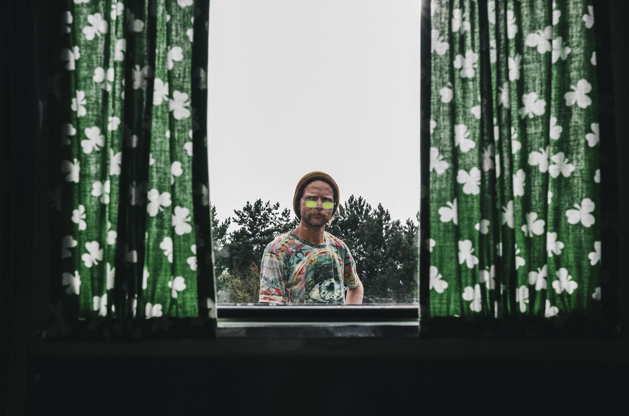 Baltasis Kiras - mano draugai Music video