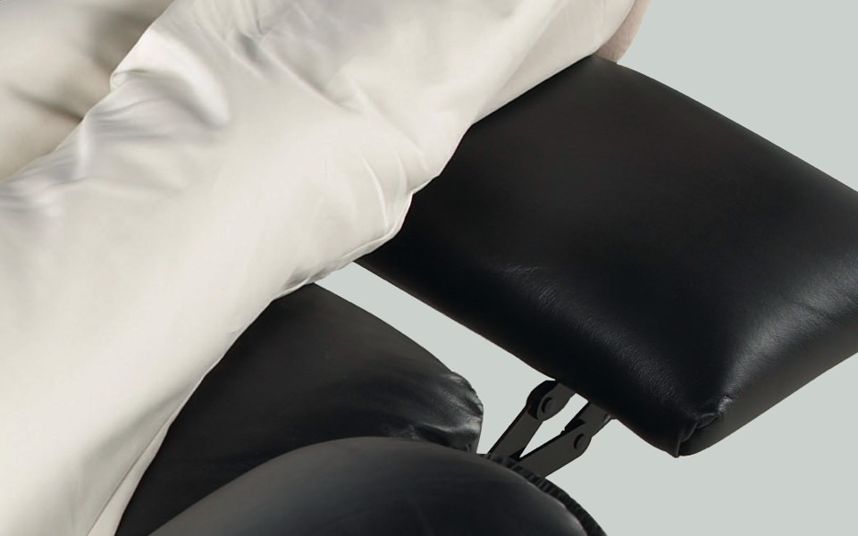 Extended legrest