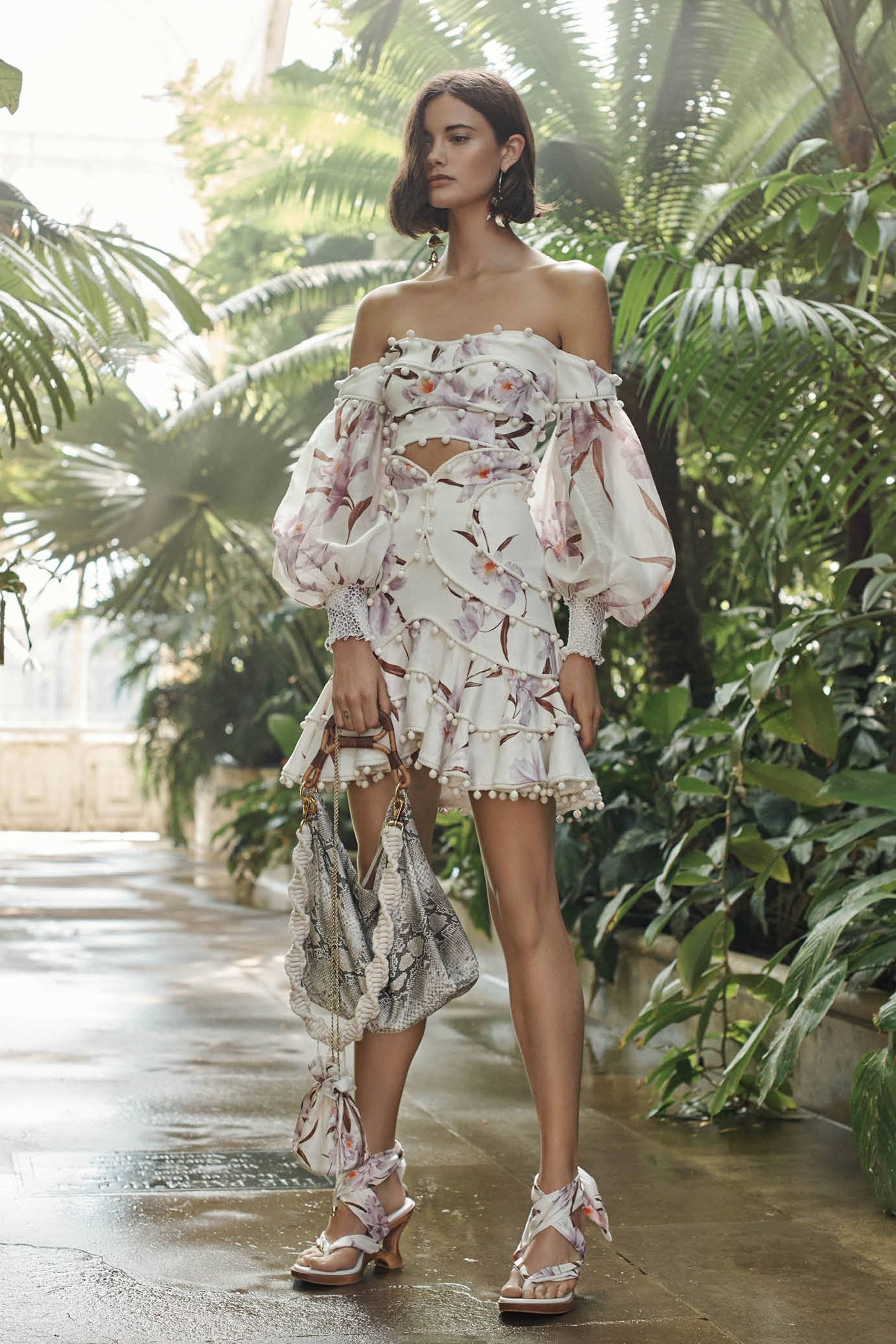 00024-zimmermann-vogue-resort-2019-pr.jpg
