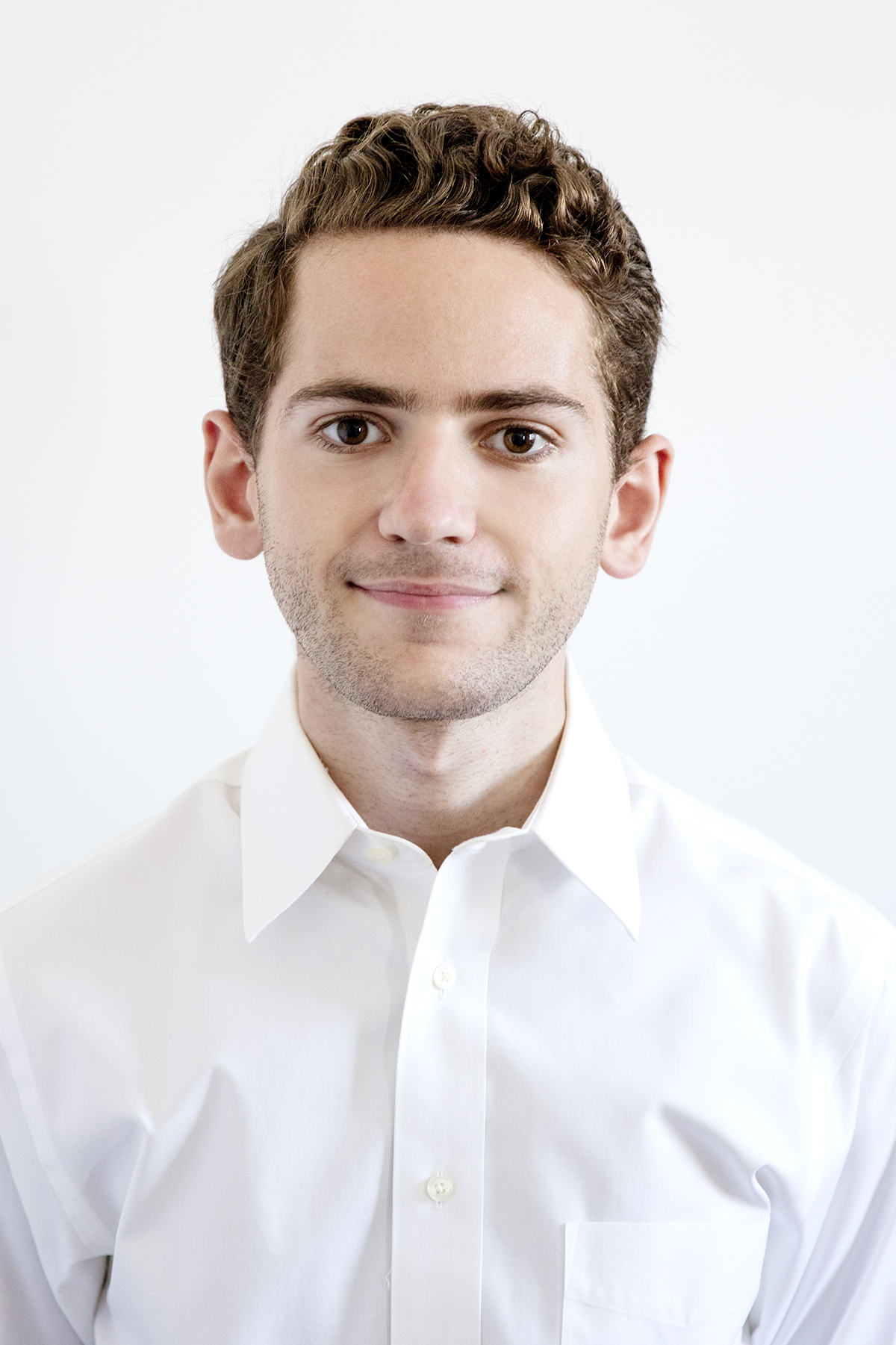 Alexander Charlap Hyman Director  Alexander Charlap Hyman studied Architectural History and Business Management at Columbia University. He worked at real estate firms Tishman Construction and Silverstein Properties before partnering with Adam and Andre.