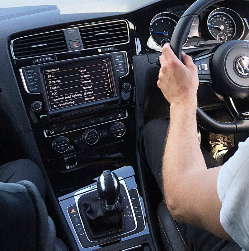 VW Golf R S13xyR UK