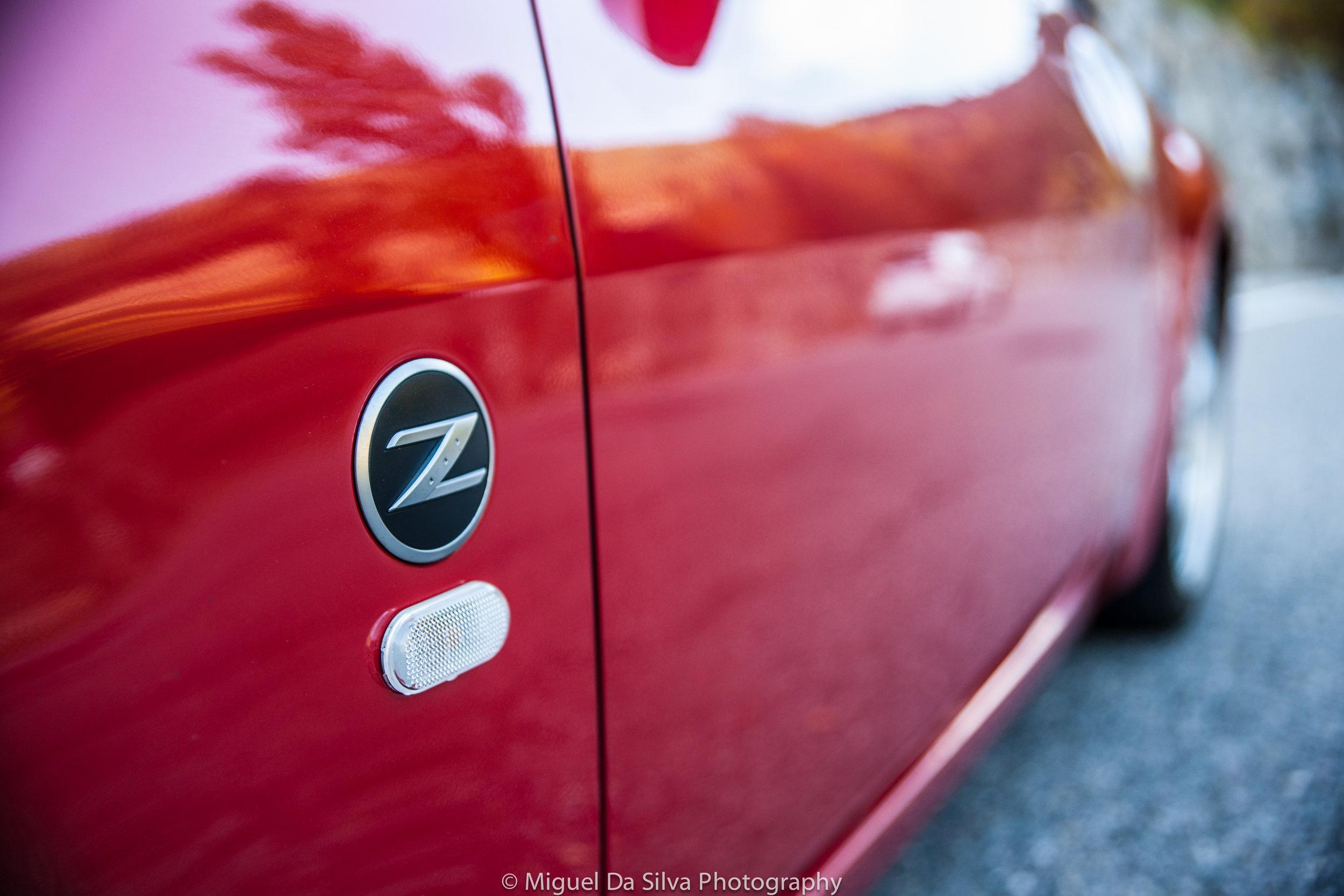 Nissan 350Z left side car