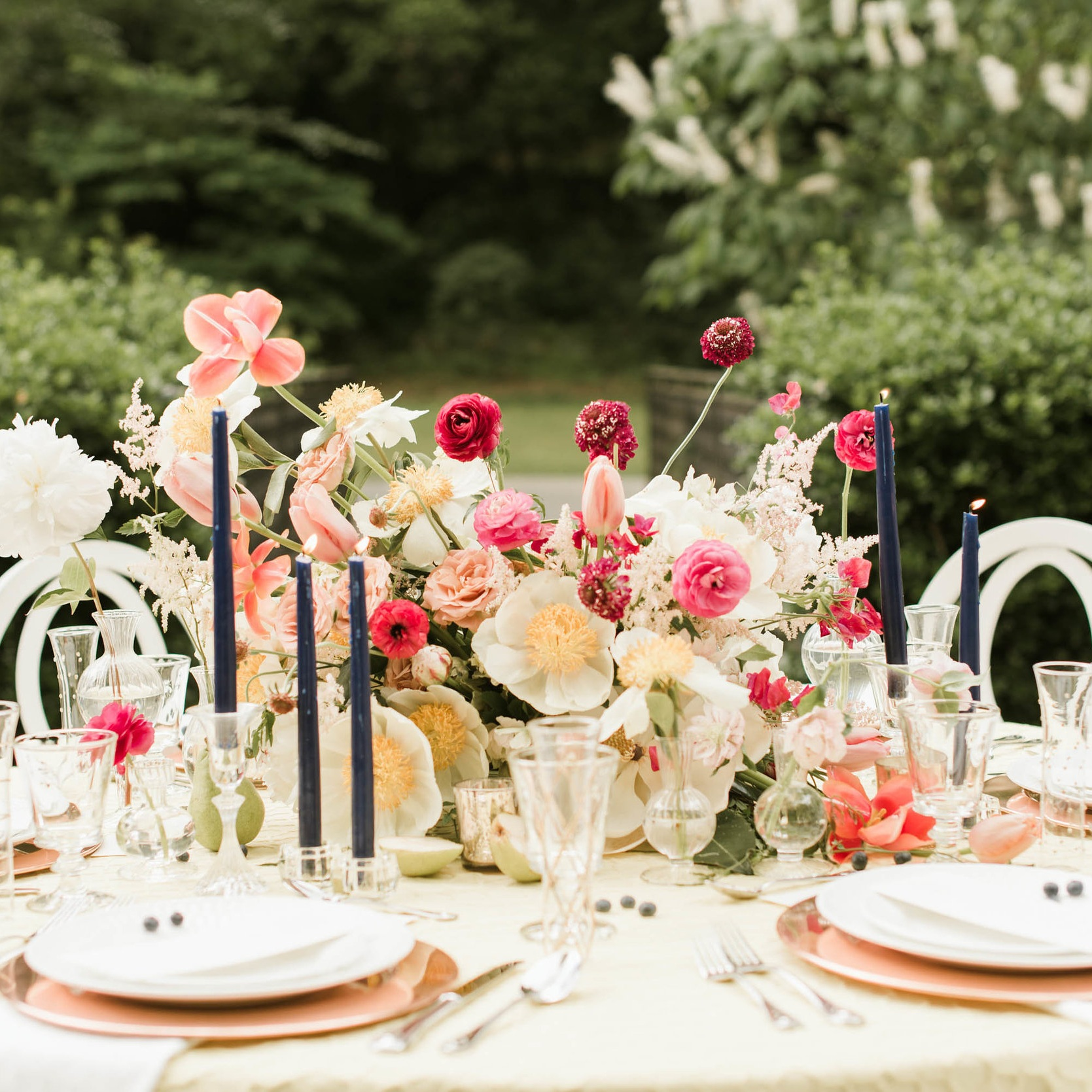 Spring Inspiration Shoot - Cator Woolford Gardens
