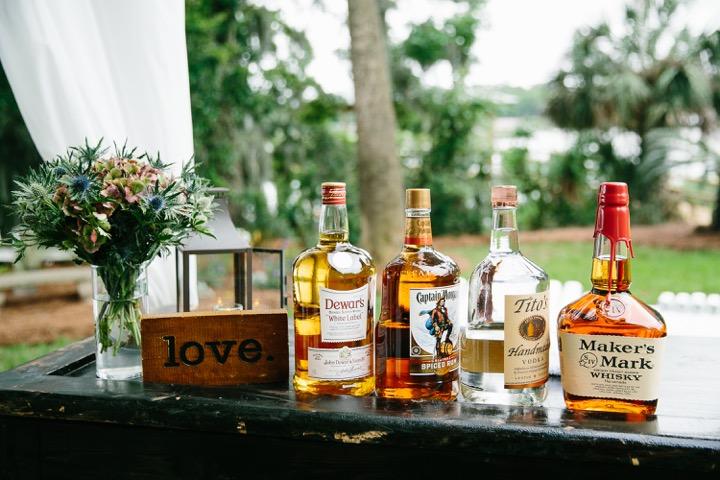 lowcountry-kitchen-catering-beaufort-sc-ben-and-margaret-gross-wedding-bar.jpeg