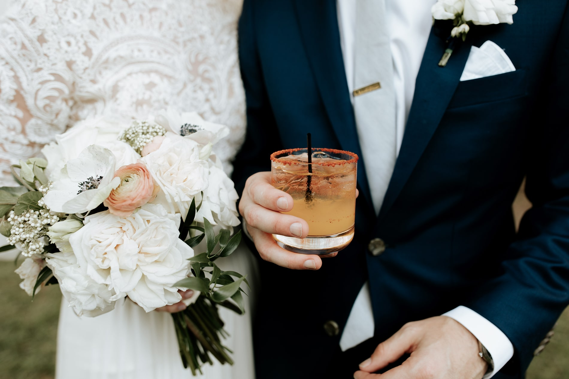 lowcountry-kitchen-catering-beaufort-sc-mary-grace-and-judd-kennedy-wedding-ceremony-grooms-cocktail-min.jpg