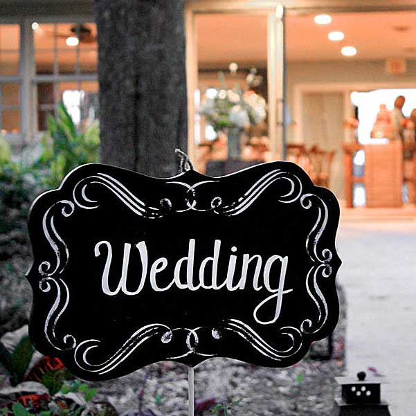 Wedding sign at the Scott and Robin Shay wedding.