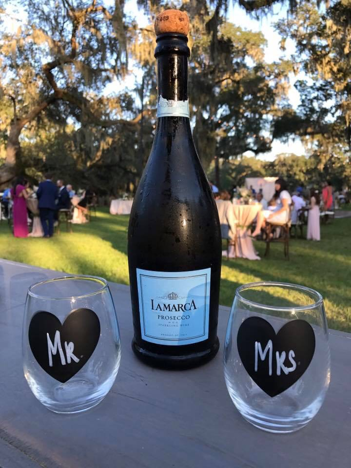lowcountry-kitchen-catering-beaufort-sc-dave-and-erica-hein-wedding-appetizers-champagne.jpg