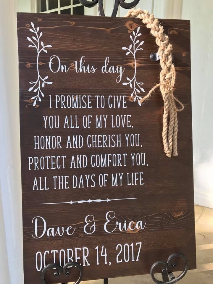lowcountry-kitchen-catering-beaufort-sc-dave-and-erica-hein-wedding-sign.jpg