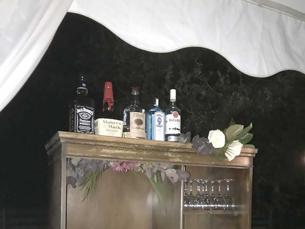 Bar Service at the Pearls to Pluff Mud Event at Swamp Fox Farms in Hardeeville, SC.