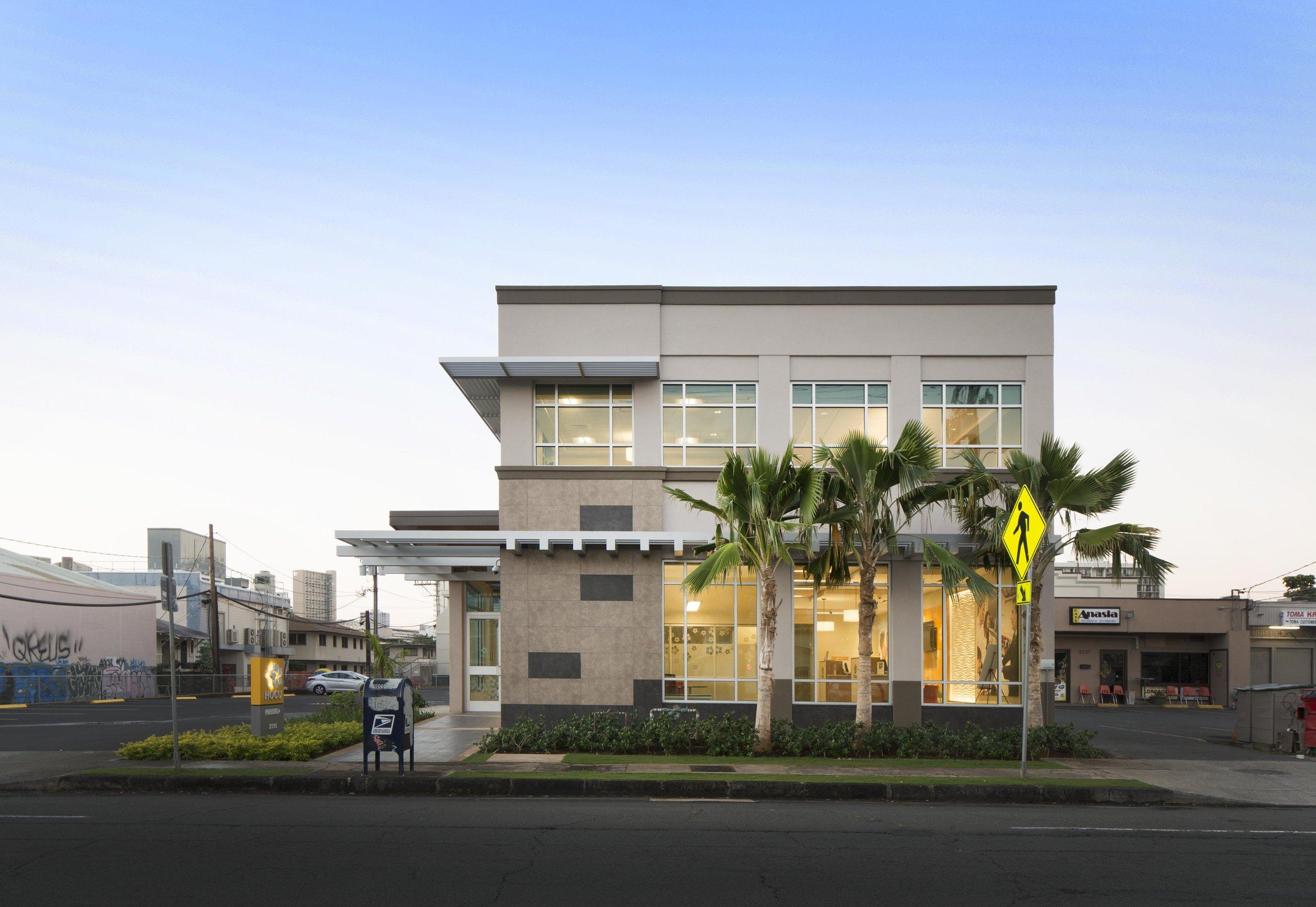 HOCU-7553_Building-Side.jpg