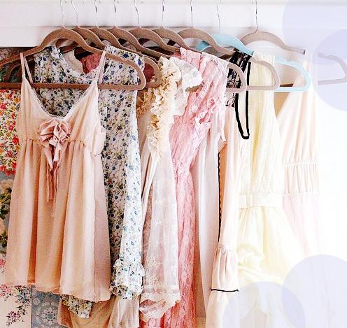 beautiful-closet-clothes-coral-Favim.com-683888.jpg