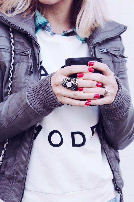 coffee, red nails .jpg