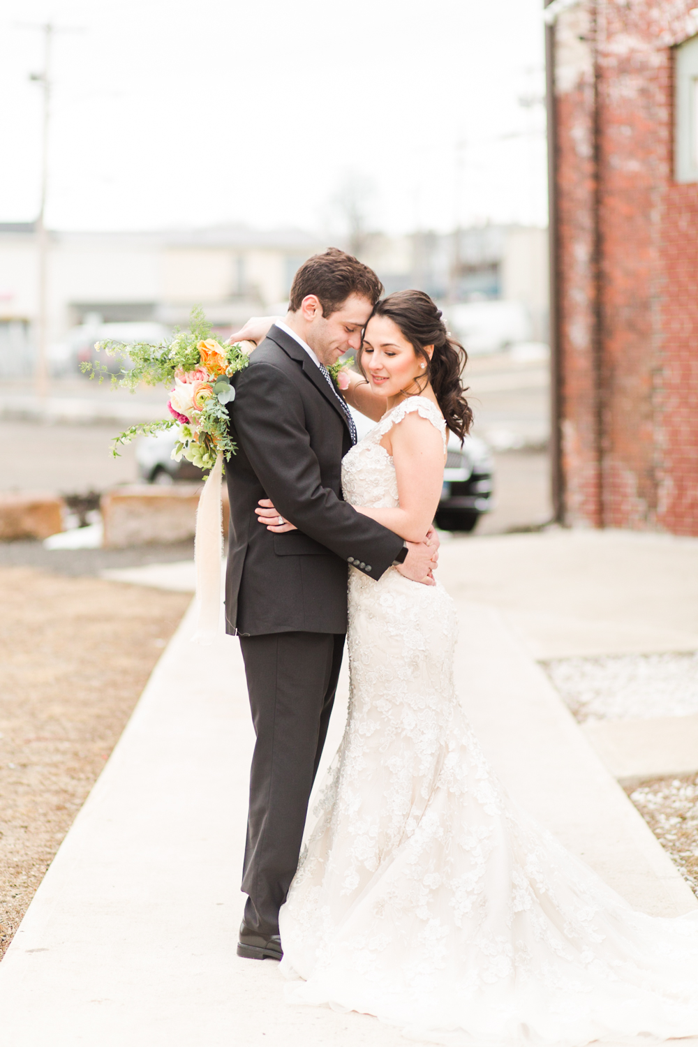 industrial-wedding-venue-bridgeport-ct-photographer-305-knowlton-shaina-lee-photography-photo