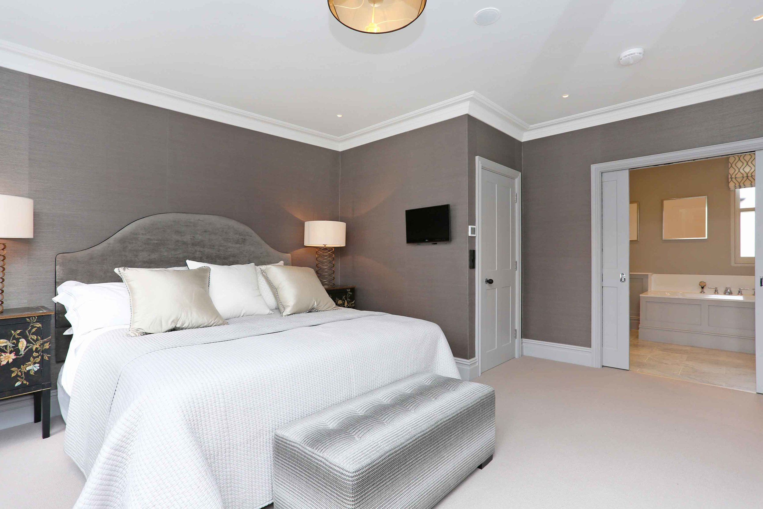 Master suite (2).jpg