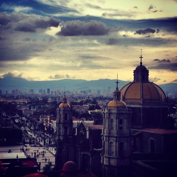 Basílica, milhares de pessoas visitam diariamente