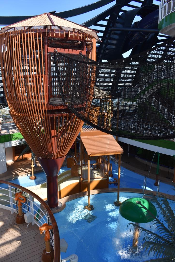 Parque Aquático dentro do MSC SeaSide