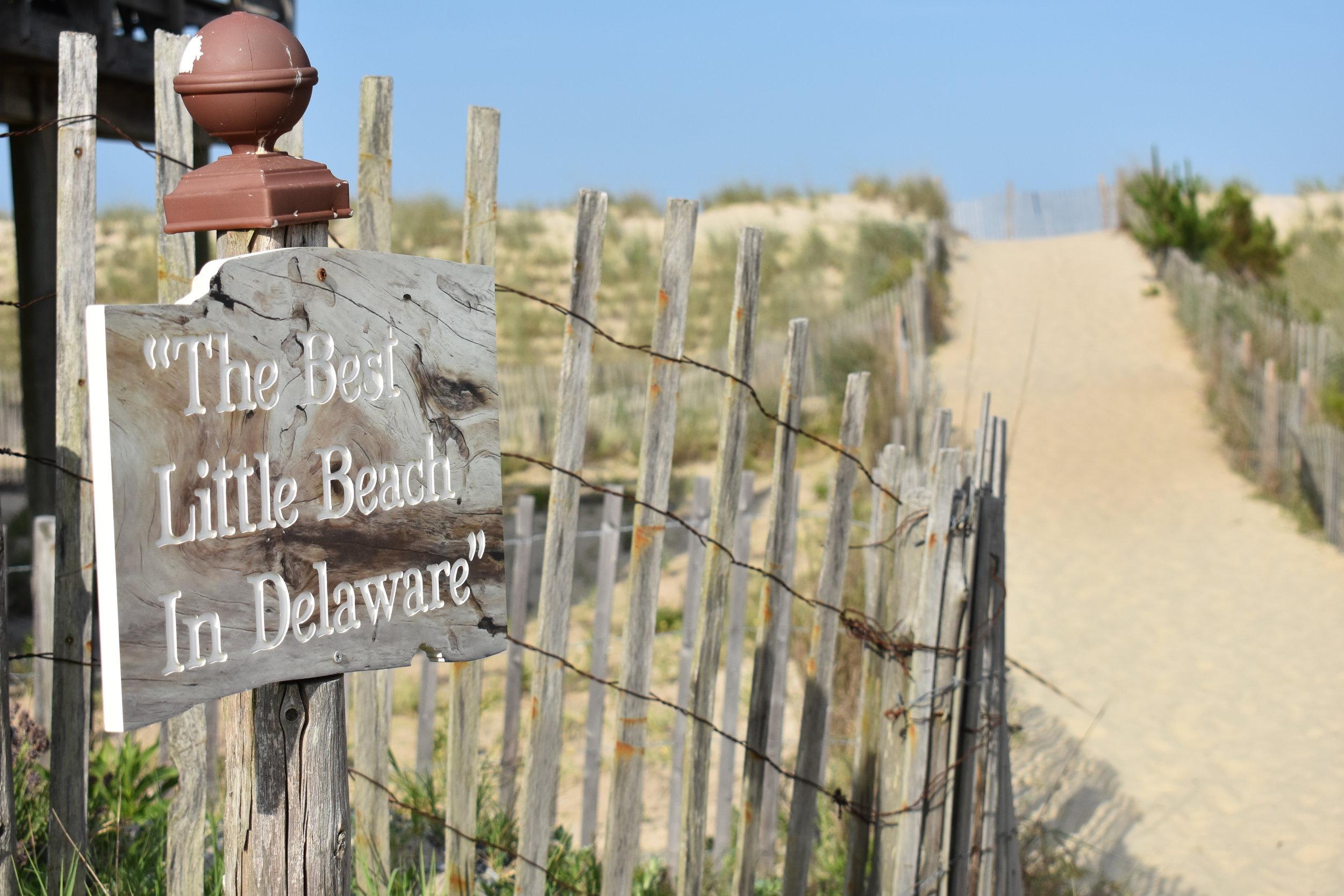 Acesso da praia de South Bethany, muito fofa!