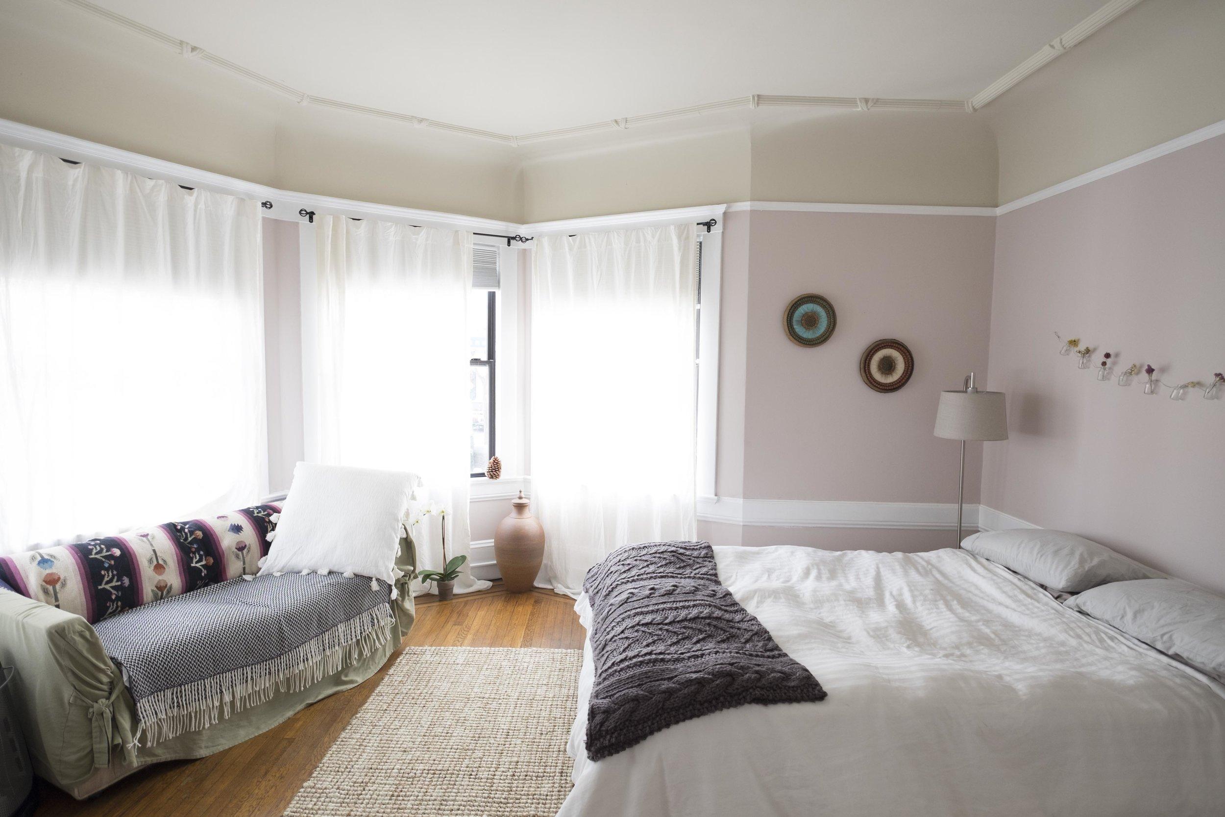 2101California_Bedroom3_(1_of_3).jpg