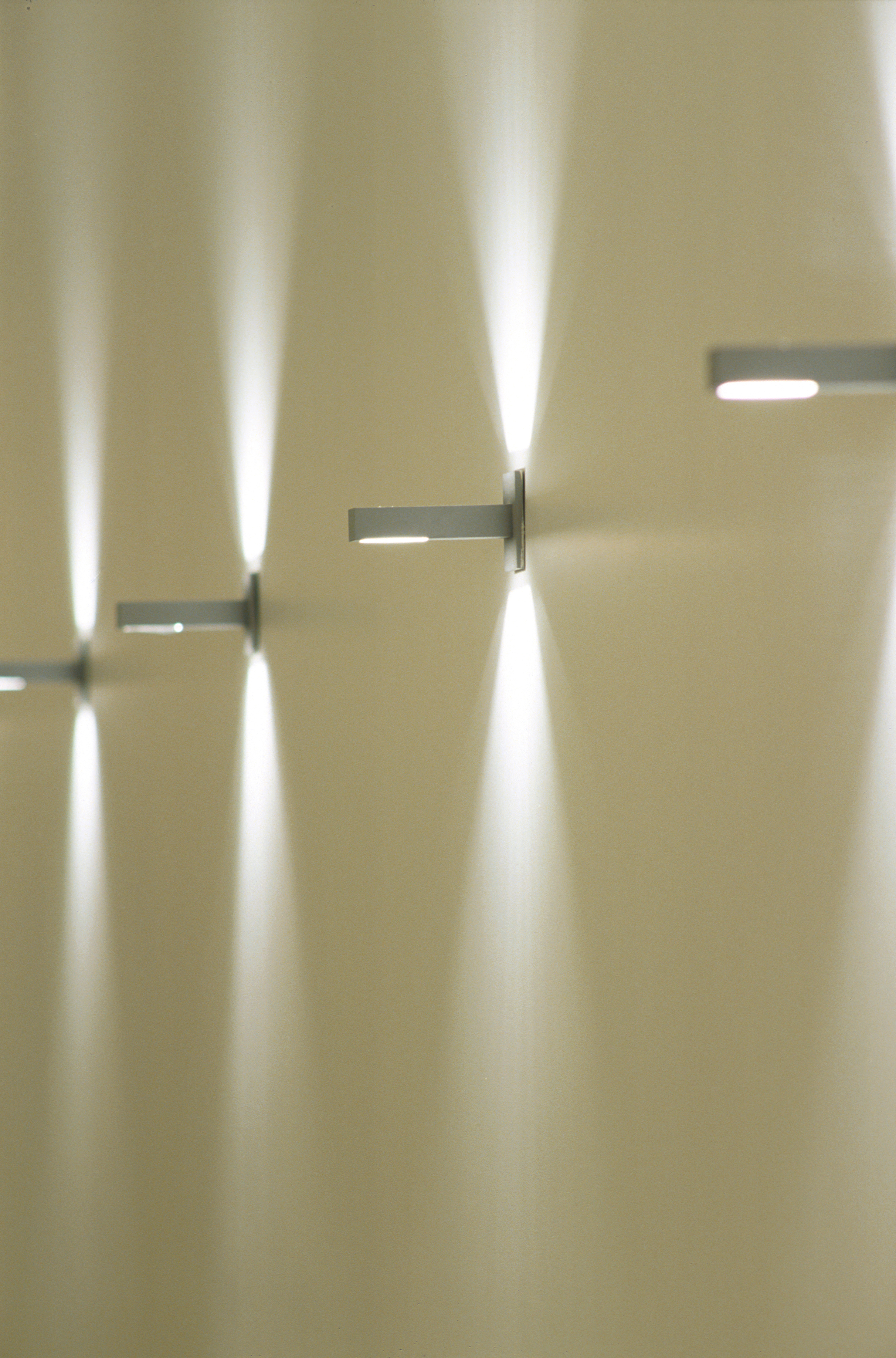 06-BPG-corridor-activation-lighting-detail.jpg