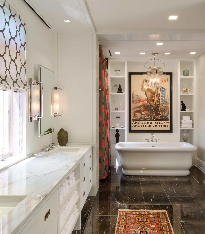 05 Bowe-Stewart-Res-Master Bathroom.jpg