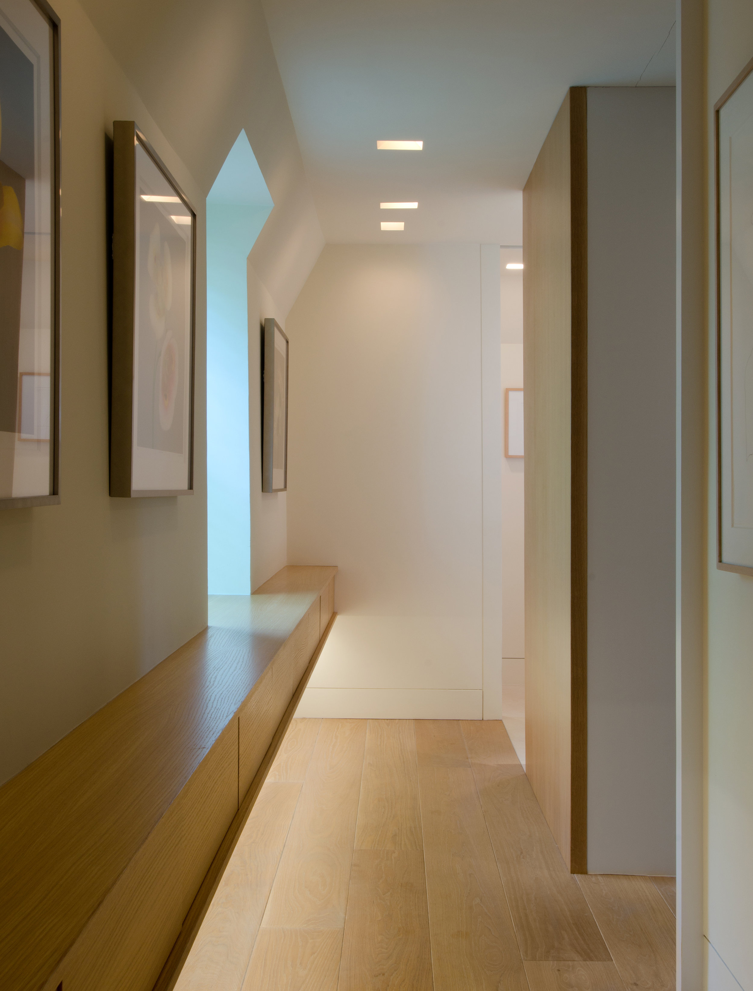 02-Master-Suite-Renovation_Corridor.jpg