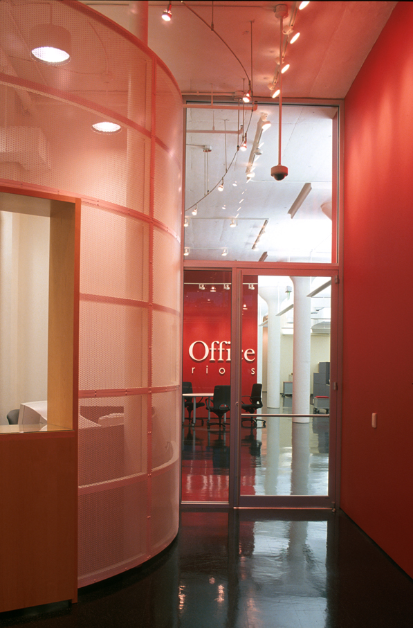 01-TOI-entry at reception to signage wall.jpg