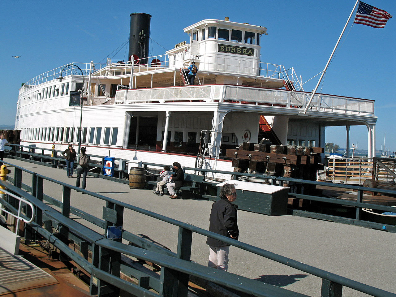 1280px-Eureka_(steam_ferryboat,_San_Francisco).jpg