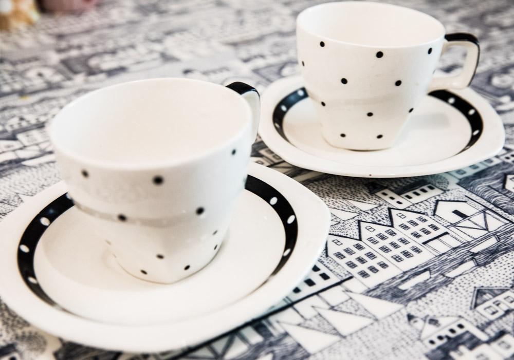 Black Midwinter Stylecraft Domino Tea set